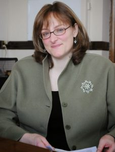Dr Lisa A. Urry
